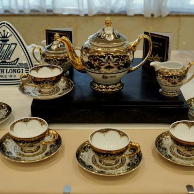 Bộ trà Huyền Liên: Tặng phẩm cho nguyên thủ các quốc gia Asean 2020